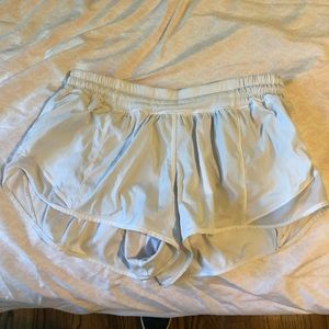 white hotty hot shorts 2.5 inches